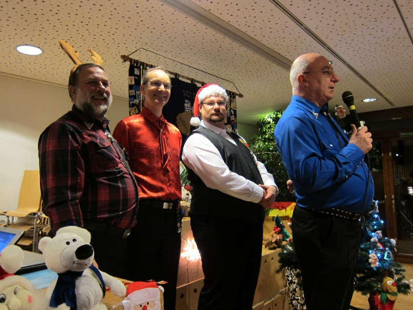 2013 Weihnachtsfeier-image1